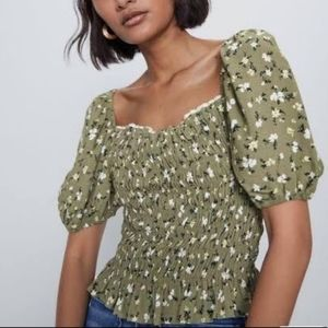 ZARA Green Floral Smocked Puff Sleeve Blouse XS